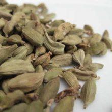 cardamom pods green coyright d hugonin