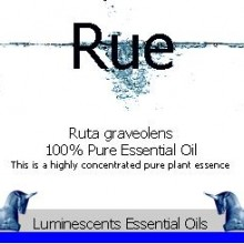 rue essential oil label