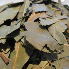 bay-leaves-chopped